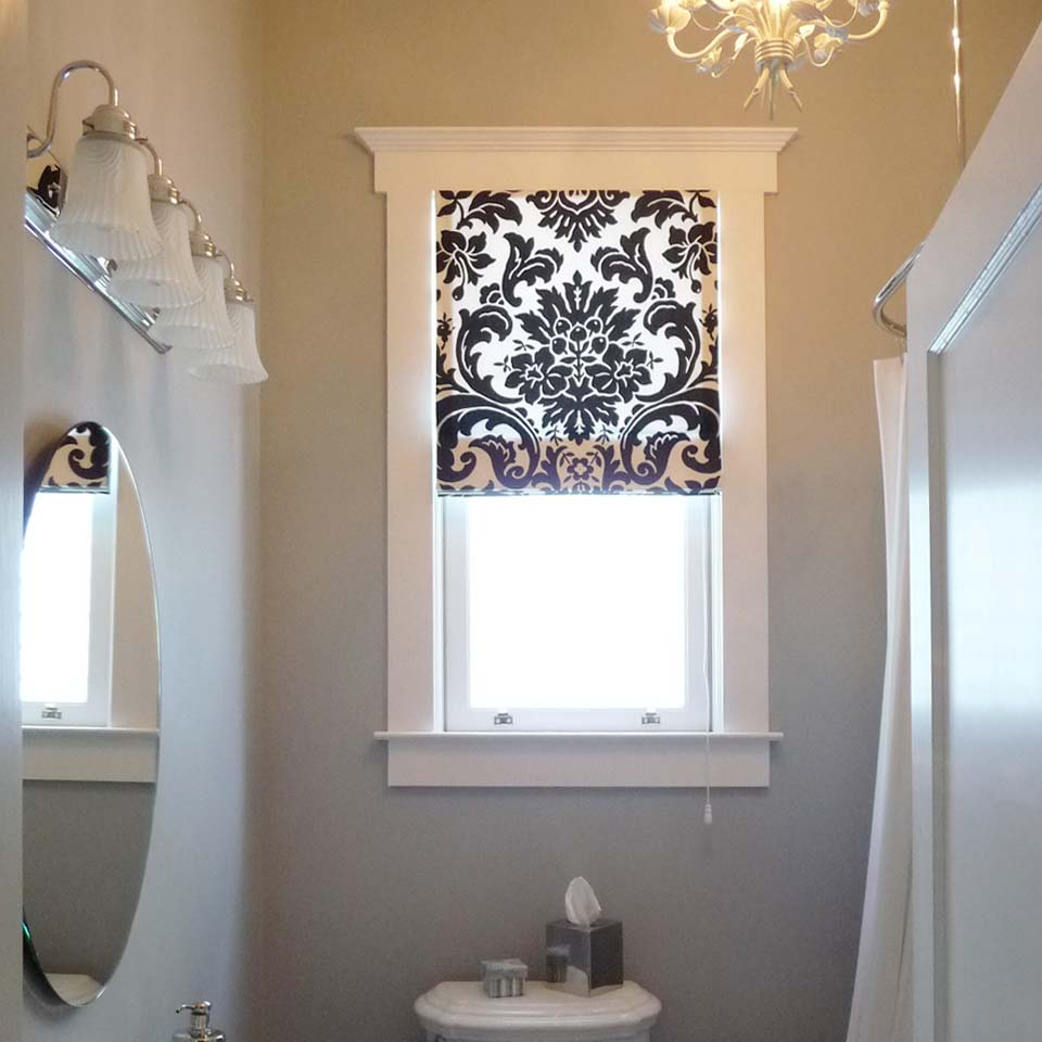 Merveilleux Roman Shade BathroomPCsq