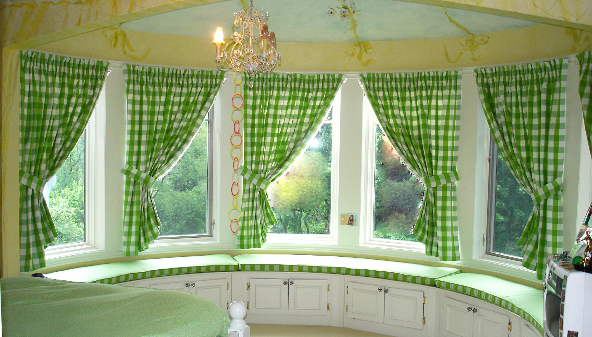Bay Windows To Make Your Day